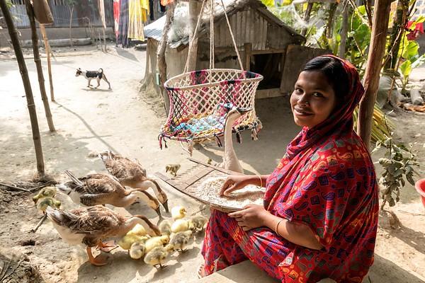 0010-0017 Nasima Begum (20) Portrait of a village housewife during her household work.  Hoglabunia Village, Dakua Union, Golachipa upazilla, Patuakhali district. Bangladesh.  Photo Credit: b.a.sujaN / Map / WRA