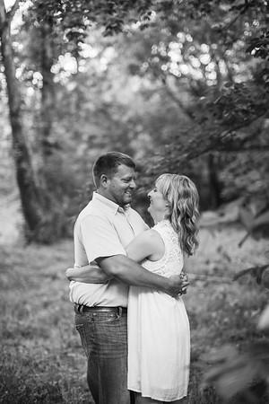 35_Brent+Jennifer_EngagementBW