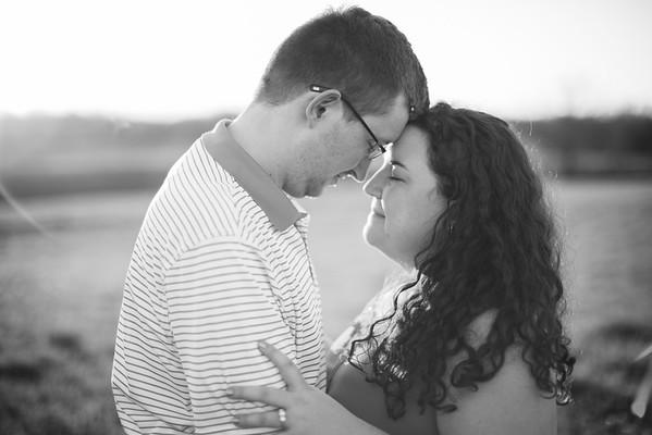 035_Chris+Hannah_EngagementBW