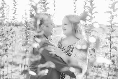 8_Trevor+Lindsey_EngagementBW
