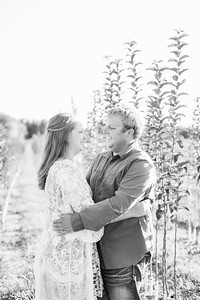 2_Trevor+Lindsey_EngagementBW