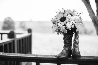 16_Alex+Brandi_WeddingBW