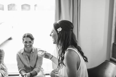 7_Anthony+Laura_WeddingBW