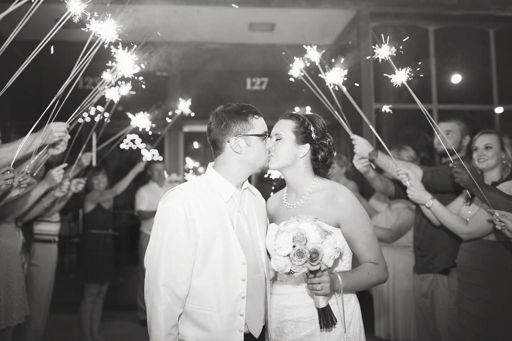525_Daniel+Shea_WeddingBW