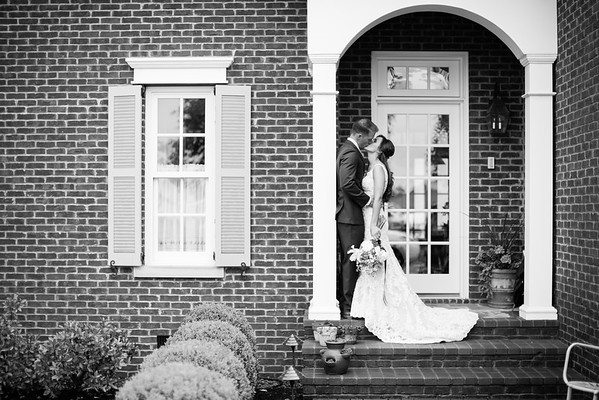 247_Daniel+Mia_WeddingBW