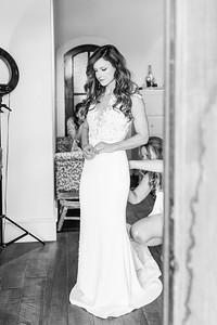 10_Mitchell+Madelyne_WeddingBW