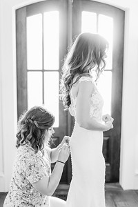 11_Mitchell+Madelyne_WeddingBW