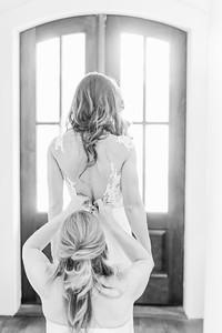 2_Mitchell+Madelyne_WeddingBW