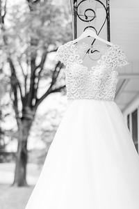3_Trevor+Lindsey_WeddingBW