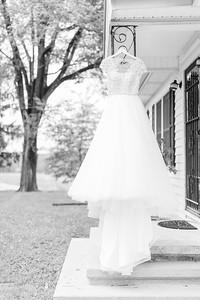 1_Trevor+Lindsey_WeddingBW