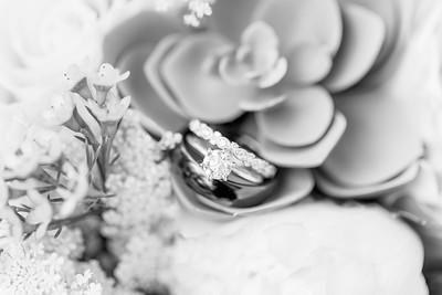 11_Trevor+Lindsey_WeddingBW