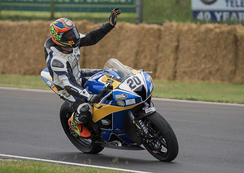 Dan Cooper - Castle Combe Open 600cc race 7 & 17 (Honda CBR600 - Space Centre Racing)