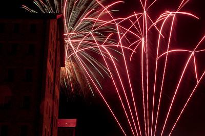 Glos_Fireworks031112_019