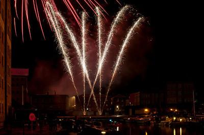 Glos_Fireworks031112_006