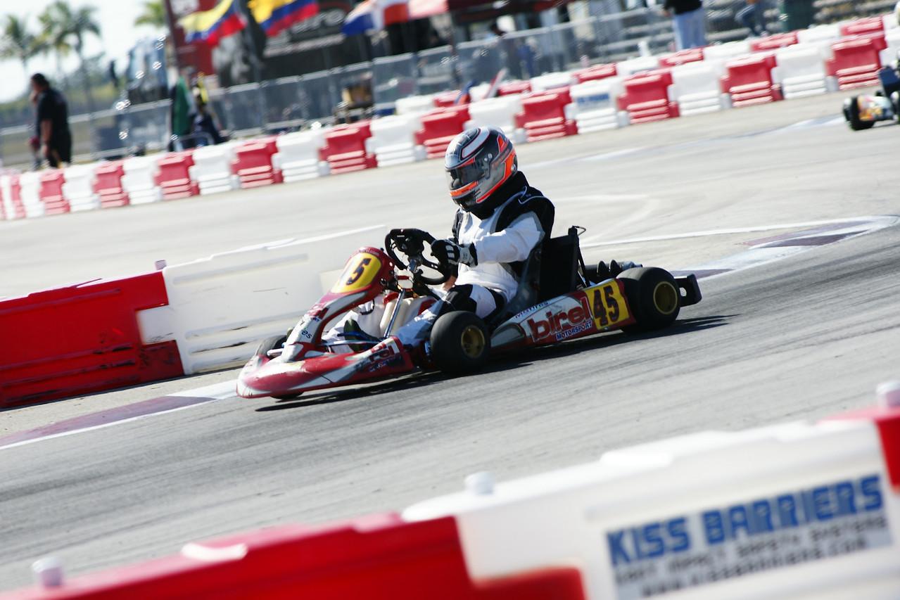 RMax Challenge  Race No  5 - 11;58 - Image No  00122