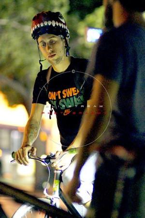 Miami Critical Mass - November 2011 - Image No  028