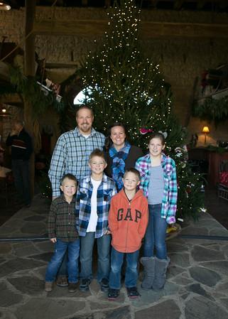 Brinkmann Tree Trim Family Portraits 2013 (13 of 40)