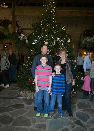 Brinkmann Tree Trim Family Portraits 2013 (32 of 40)