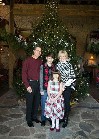 Brinkmann Tree Trim Family Portraits 2013 (16 of 40)