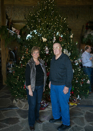 Brinkmann Tree Trim Family Portraits 2013 (34 of 40)