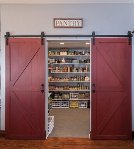 Barn Door Pantry (7 of 9)