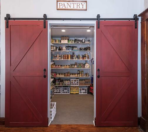 Barn Door Pantry (6 of 9)