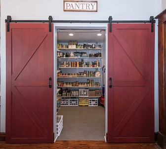 Barn Door Pantry (6 of 9)