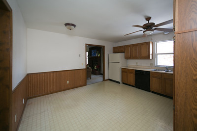 Griffith Before Kitchen-38354