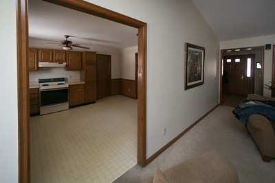 Griffith Before Kitchen-38358
