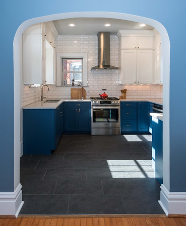Next Project Studio - Blue and White Kitchen (6 of 19)