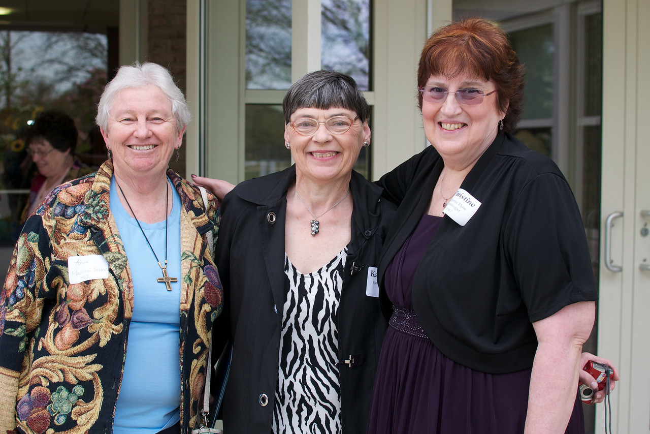 Anne Malone, left, and Christine Flynn, right, all of the Class of 1967