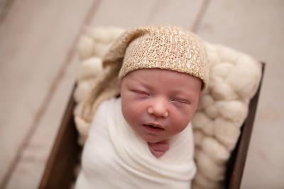 Oliver's Newborn Photos-2