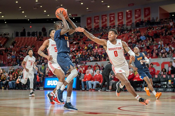 Houston Courgars vs UTEP Miners