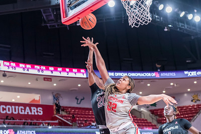 Houston Cougars v Temple Owls