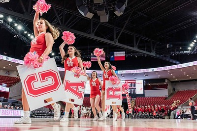 NCAA WBB   Houston Cougars v Cincinnati Bearcats