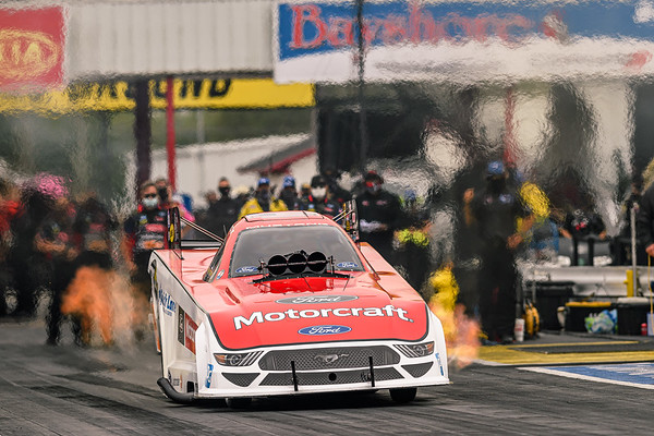 Mopar Express Lane NHRA SpringNationals Presented By Pennzoil