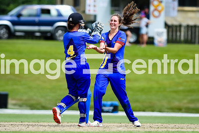 Ella Brown celebrates taking a wicket, Otago Sparks Vs Northern Mystics at Molyneux Park in Alexandra.  30 December 2018.  Images copyright:  Clare Toia-Bailey / www.image-central.co.nz