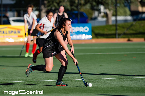 Alexandra Vs Matakanui in the Central Otago Women's Hockey