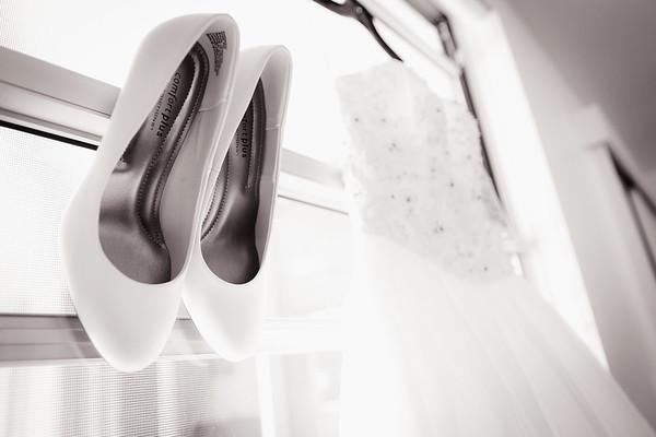 837_Black-and-White_She_Said_Yes_Wedding_Photography_Brisbane