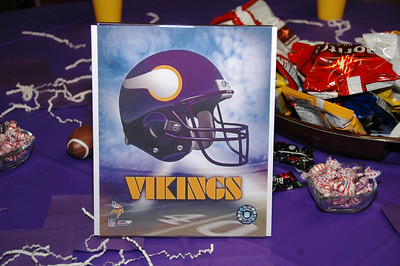 Ben's favorite football team....Minnisotta Vikings