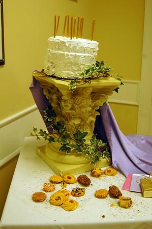Hmmmmm....yummy....cake!