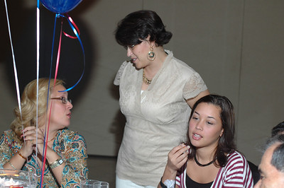 Me talking with my Sister-in-law Lilly and my niece, Evelys