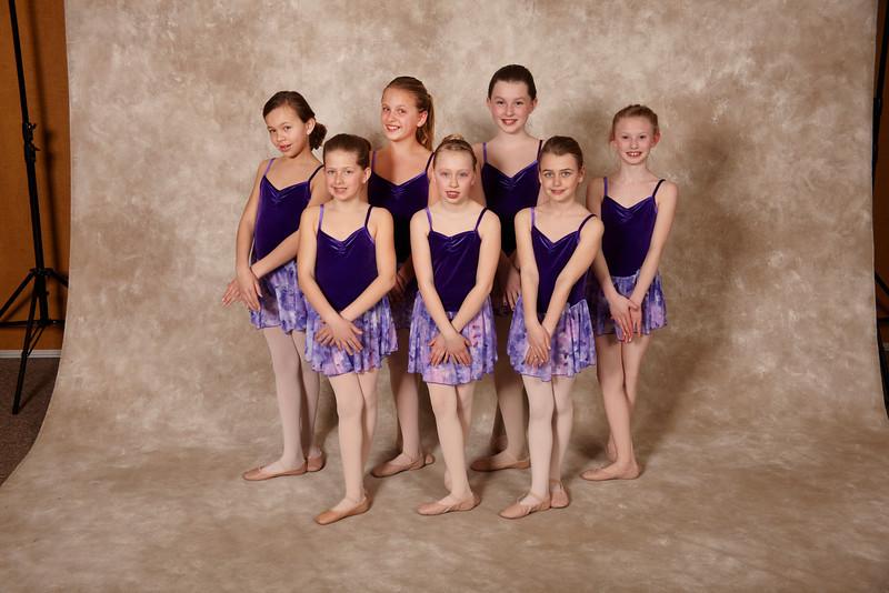 Dance group 0850