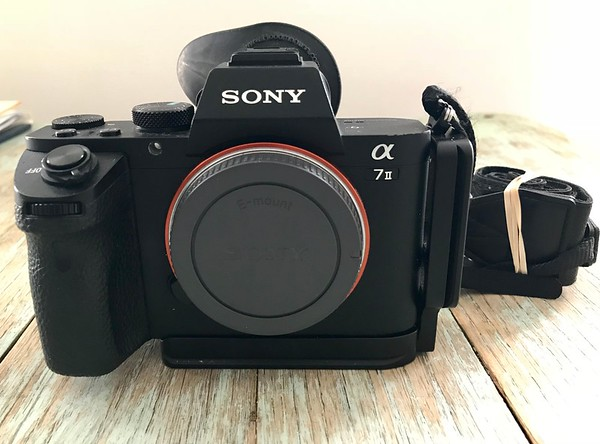 Sony A72