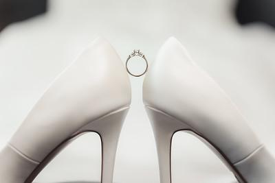 Bridal_Prep_She_Said_Yes_Wedding_Film_and_Photography_Brisbane_0009