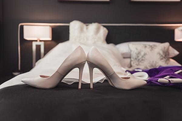 Bridal_Prep_She_Said_Yes_Wedding_Film_and_Photography_Brisbane_0008