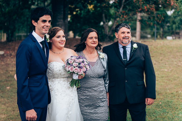 Family_and_Friends_She_Said_Yes_Wedding_Film_and_Photography_Brisbane_0391