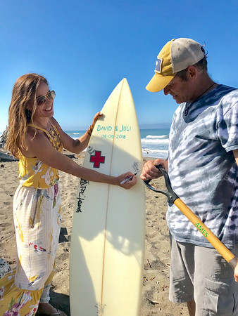 9-9-18 Deb Matt Sign Surfboard-1487