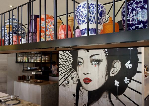 MMPI_20200909_MMCK0074_0009 - Mural and urns inside Bam Bam restaurant.