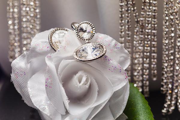 Bridal-Preparation_She_Said_Yes_Wedding_Film_and_Photography_Brisbane_0015